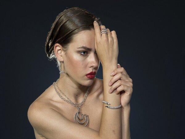 8 claves para lucir un fondo de joyas perfecto
